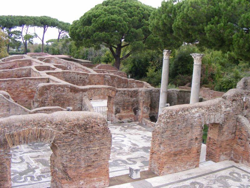 Развалины древнеримского города в области Лацио, 4 в до н.э.